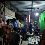 Giatkan Patroli Malam Koramil 05/Weru Bersama Polsek Sosialisasikan Prokes 5M