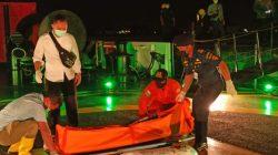 KPLP Evakuasi Jenazah ABK WNI yang Meninggal Saat Bekerja di Kapal Berbendera Ikan Cina