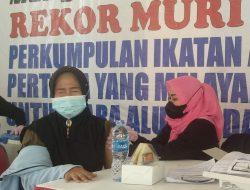 Pelayanan Vaksin dan Donor Darah bagi para Alumni dan Pelajar dari Kelurahan di Gelar di PMI Jakut